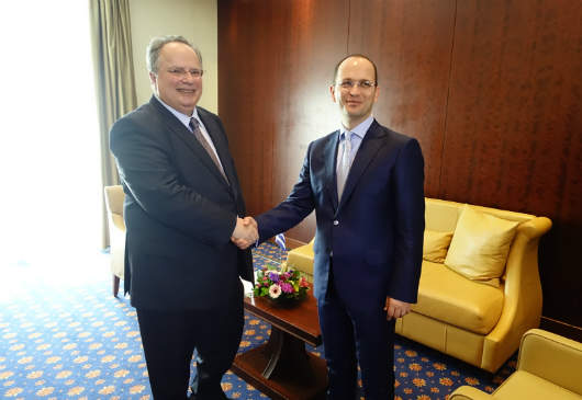 Foreign Minister Kotzias meets with the Foreign Minister of Albania, Ditmir Bushati, on the margins of the Quadrilateral Meeting in Thessaloniki (22 April 2016)
