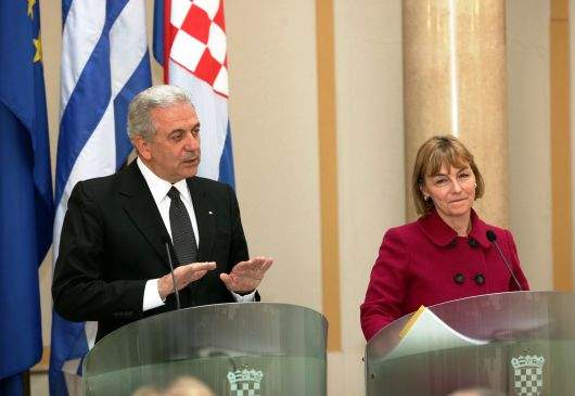 en/current-affairs/top-story/statements-of-foreign-minister-avramopoulos-and-croatian-foreign-minister-pusic.html