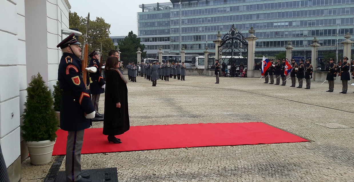Presentation of Credentials from Ambassador Mrs Maria Louisa Marinakis to President of Slovak Republic<br />