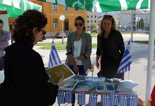 European Day of Languages marked with round table, language classes, contests, games and animations with a lottery and prizes!