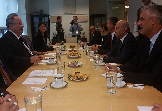 Foreign Minister Kotzias meets with the Prime Minister and the Foreign Minister of Kosovo, Isa Mustafa and Hashim Thaçi (N. York, 28 September 2015)