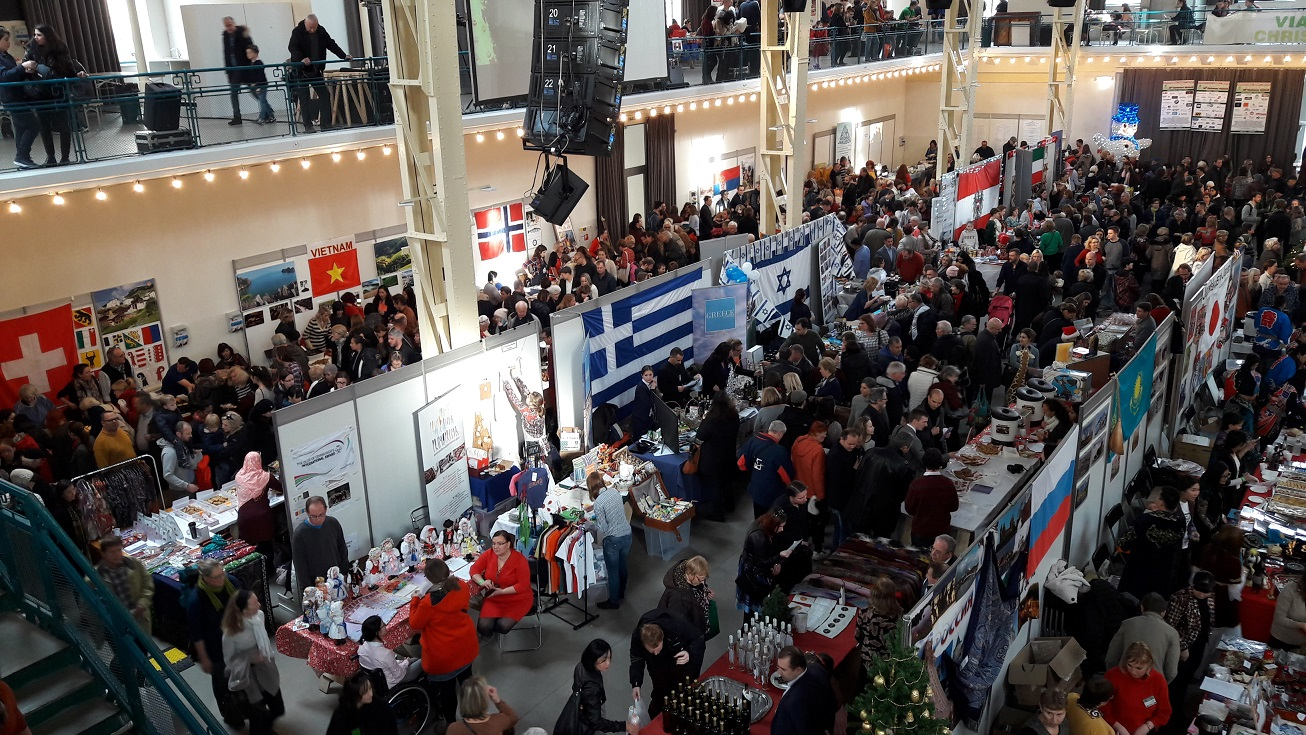 Participation of the Greek Embassy at the 25th International Christmas charity bazaar