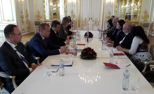 Bilateral meeting between the Speakers of the Hellenic Parliament and the Slovak National Council (Bratislava, 24 April 2017)