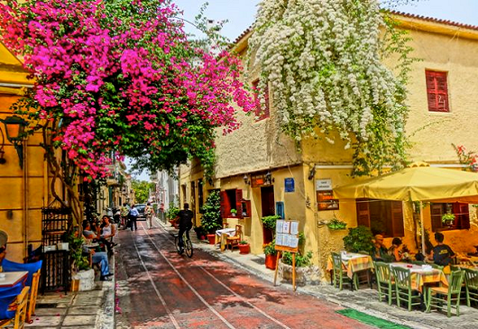 Plaka: Around the district of Gods
